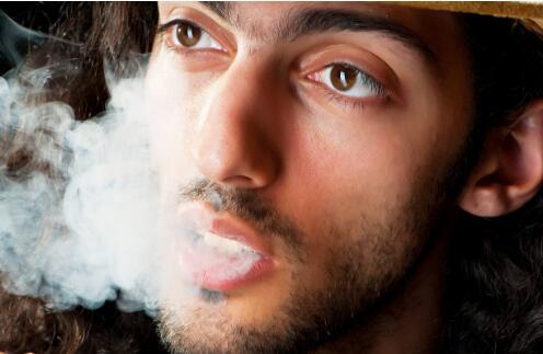 男人烟瘾难戒怎么办?教你7招解决问题!