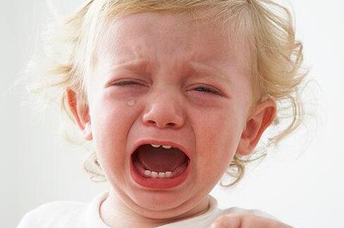 如何判断宝宝是否已经发烧?