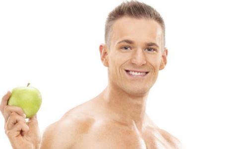 如何锻炼胸肌 男人怎么锻炼胸肌好 锻炼胸肌吃什么