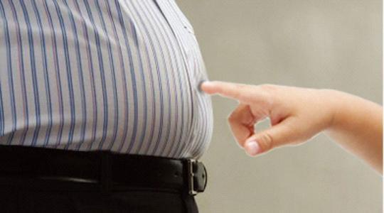 男士挺起将军肚?饮食多运动帮您甩掉大肚腩