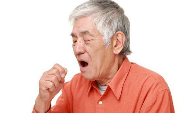 小心!长时间咳痰可能是气管炎