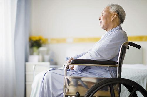 老年人为什么比小孩更容易骨折?
