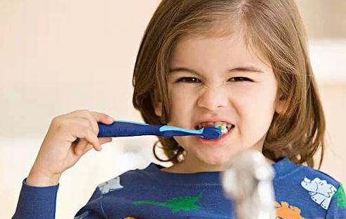 宝宝护牙三大关键期,建议收藏