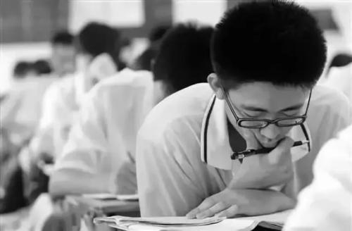 教育部、国家卫健委联合推进防控儿童青少年近视