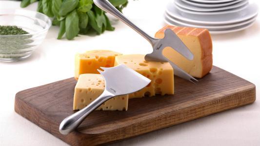 从小食用奶酪可减少过敏与哮喘风险