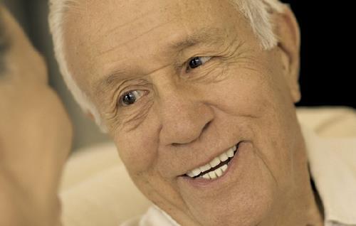 老年黄斑变性可以自我诊断