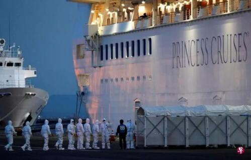 日本邮轮确诊174例新冠肺炎,一名检疫人员也被感染
