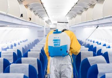 国家卫健委:疫情防控出现重要变化 严防境外输入