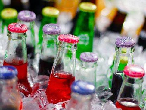 无糖饮料未必无害 女性常喝可能中风