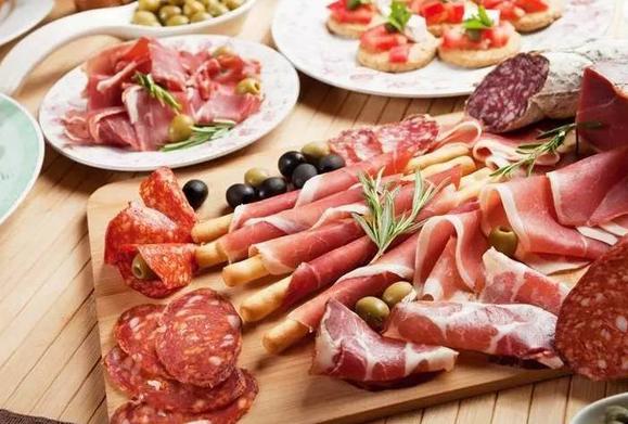 常吃加工肉和碳酸饮料,心脑血管病死亡风险上升58%